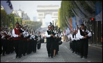 Parade_ademas_et_pain_4